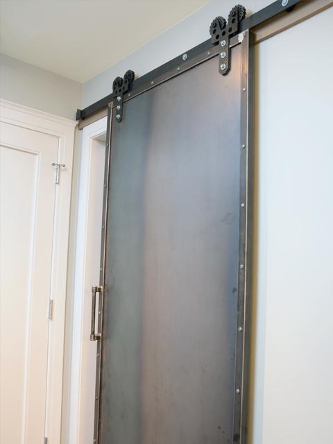 Riveting-Steel-Barn-Door-2-480